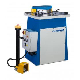 Enchocheuse hydraulique AKM220-4H 400V